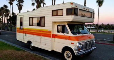 What to Look For In a RV Storage?