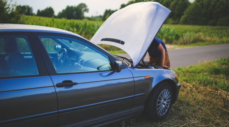 How to Handle a Car Breakdown
